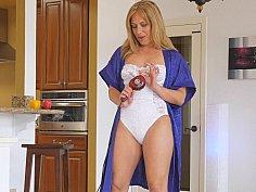 Lustful MILF in lingerie