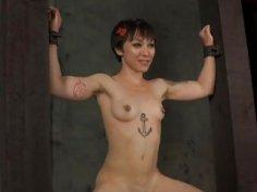 Tied up villein receives pleasuring her snatch