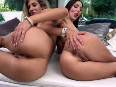 Shona River and Lilu Moon get fucked