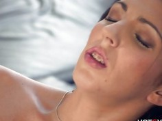 Brace Face Crazy Squirting Orgasm